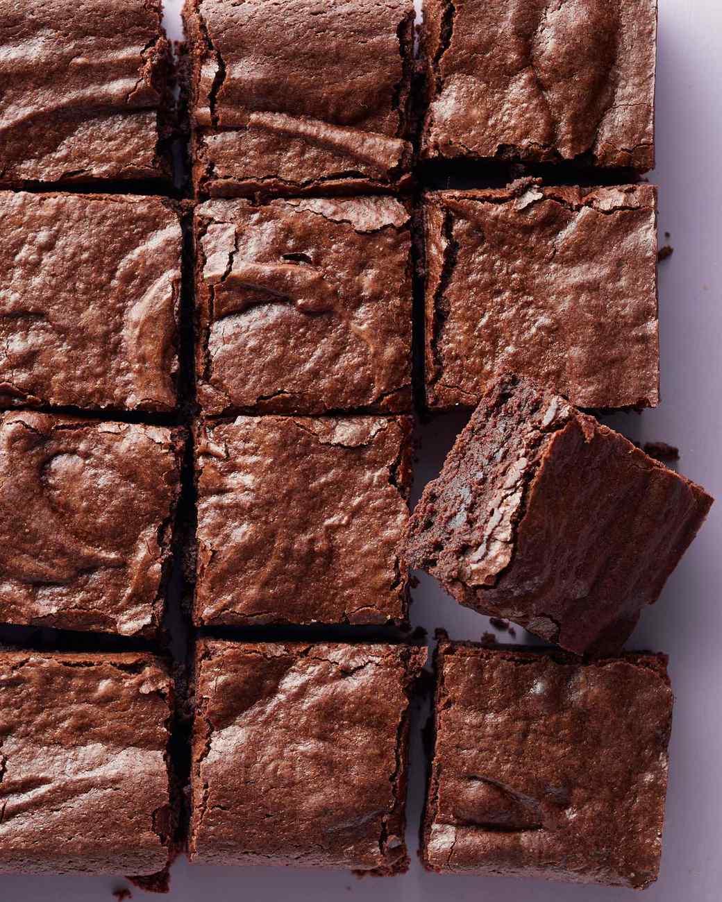 banh-brownie-va-ruou-vang-merlot