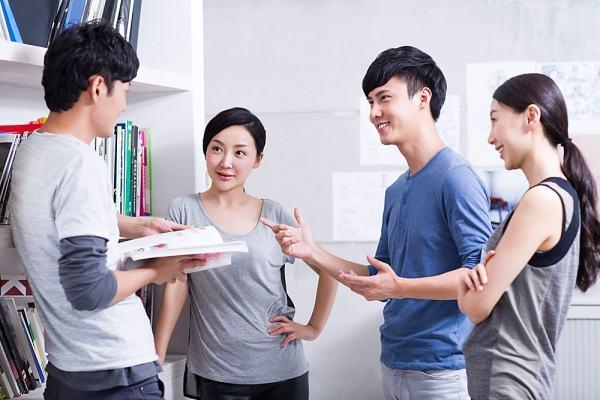 Notes lại ngay 8 địa chỉ học tiếng Anh giao tiếp vừa túi tiền sinh viên không nên bỏ qua! | Bảng Xếp Hạng Top Các Chủ Đề Tốt Nhất Để Bạn