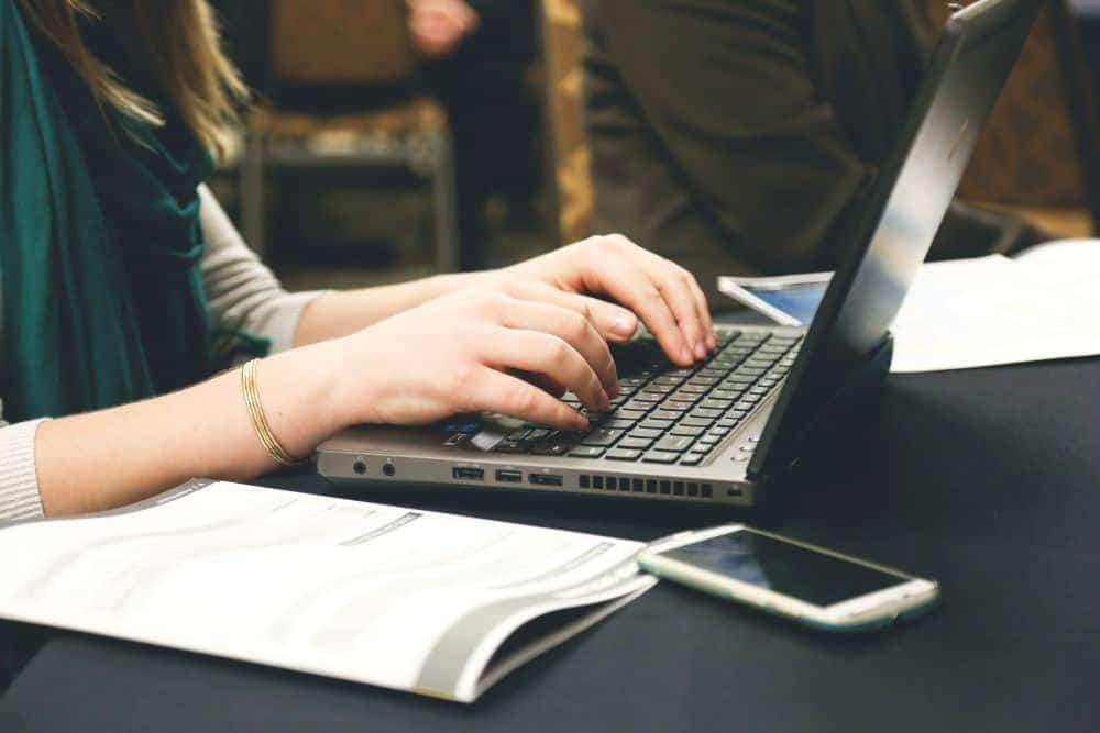 Top 18 công việc làm thêm online cho sinh viên không cần bỏ vốn (phần 1)