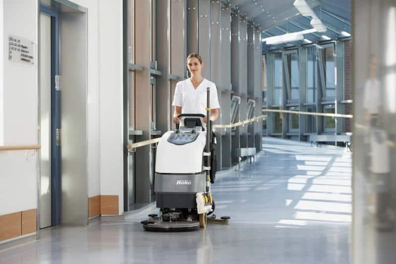 TKT với dịch vụ vệ sinh chất lượng cao và chuyên nghiệp