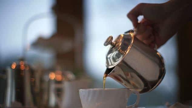 CNN bình chọn 15 thức uống hảo hạng nhất thế giới: Loại nước mà ngày nào ta cũng dùng bất ngờ nằm ở vị trí số 1 - Ảnh 11.