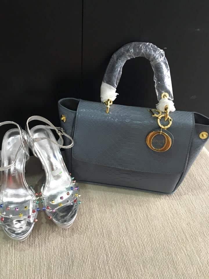 Mẫu túi xách và giày tại Thúy Liên Shop