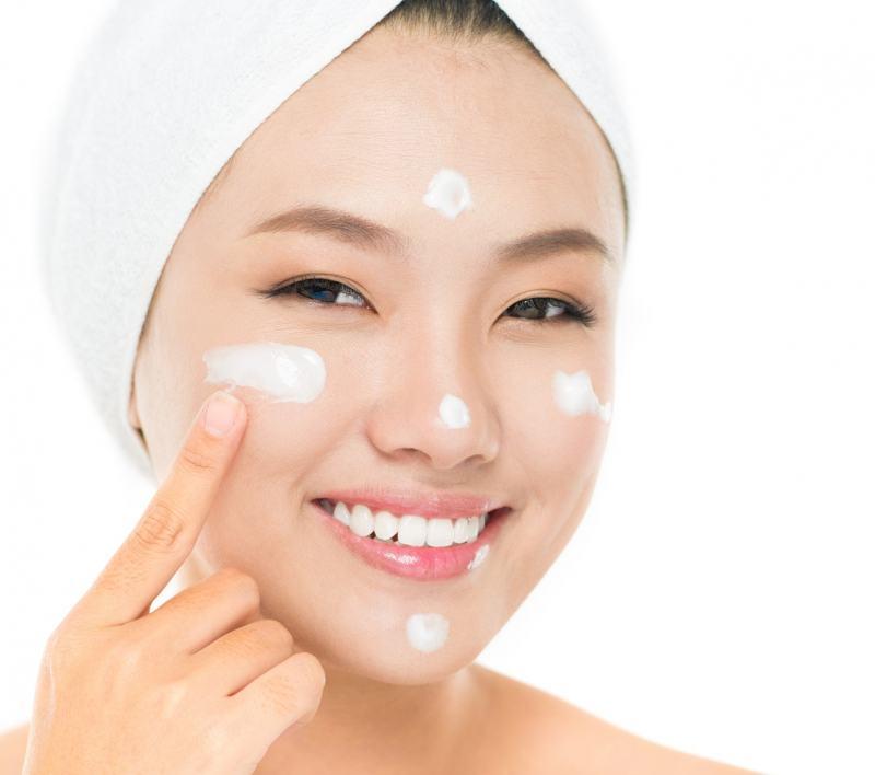 hãy chú ý tới cách dùng kem dưỡng ẩm để đảm bảo mang lại cho da hiệu quả tốt nhất