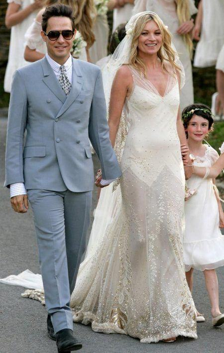 15 mẫu váy cưới đẹp và nổi tiếng bậc nhất của sao thế giới