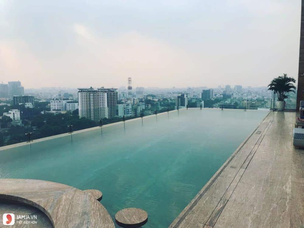 Rooftop Pool Bar 1