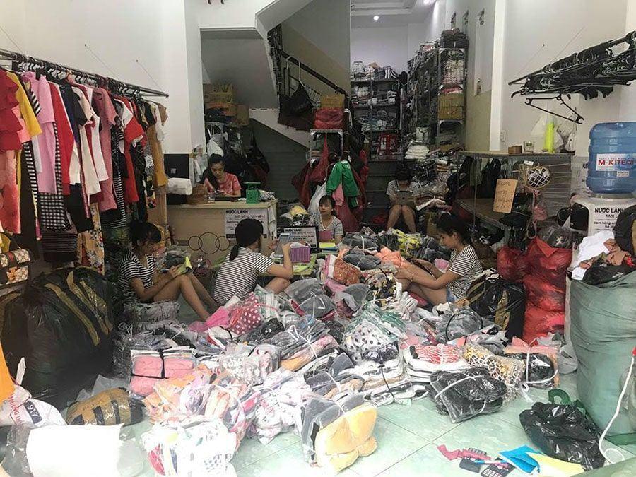 Hinh Anh Hoat Dong Shop Khoi Nghiep1 Min