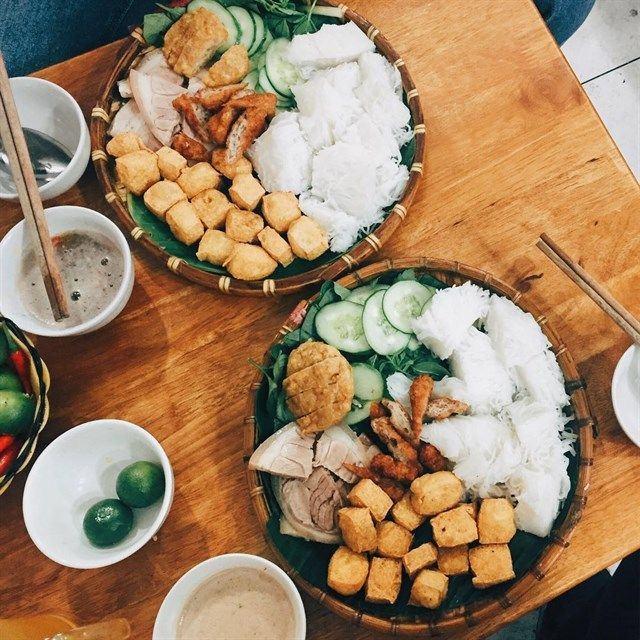 Top 17 Đồ Ăn Ngon Mà Bạn Nhất Định Phải Thưởng Thức Nếu Đến Quận 10