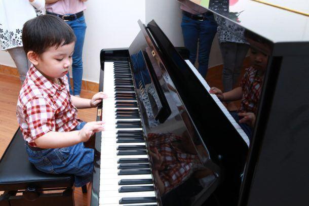 địa điểm Học Piano
