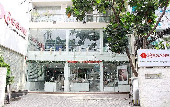 Mặt tiền cửa hàng i-Megane