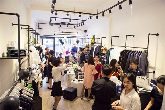 Top 10 shop thời trang nổi tiếng nhất của sao Việt tại TP. Hồ Chí Minh