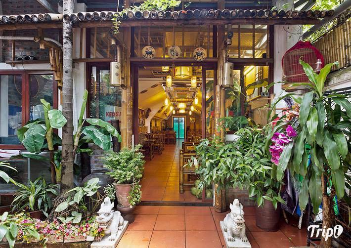 Quán ăn ngon ở Hà Nội vào buổi tối - Ngoại ô quán