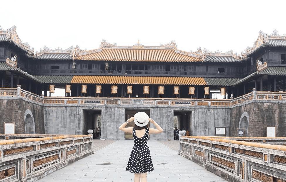 Cổng Ngọ Môn - Cửa chính Hoàng Thành - địa điểm du lịch Huế