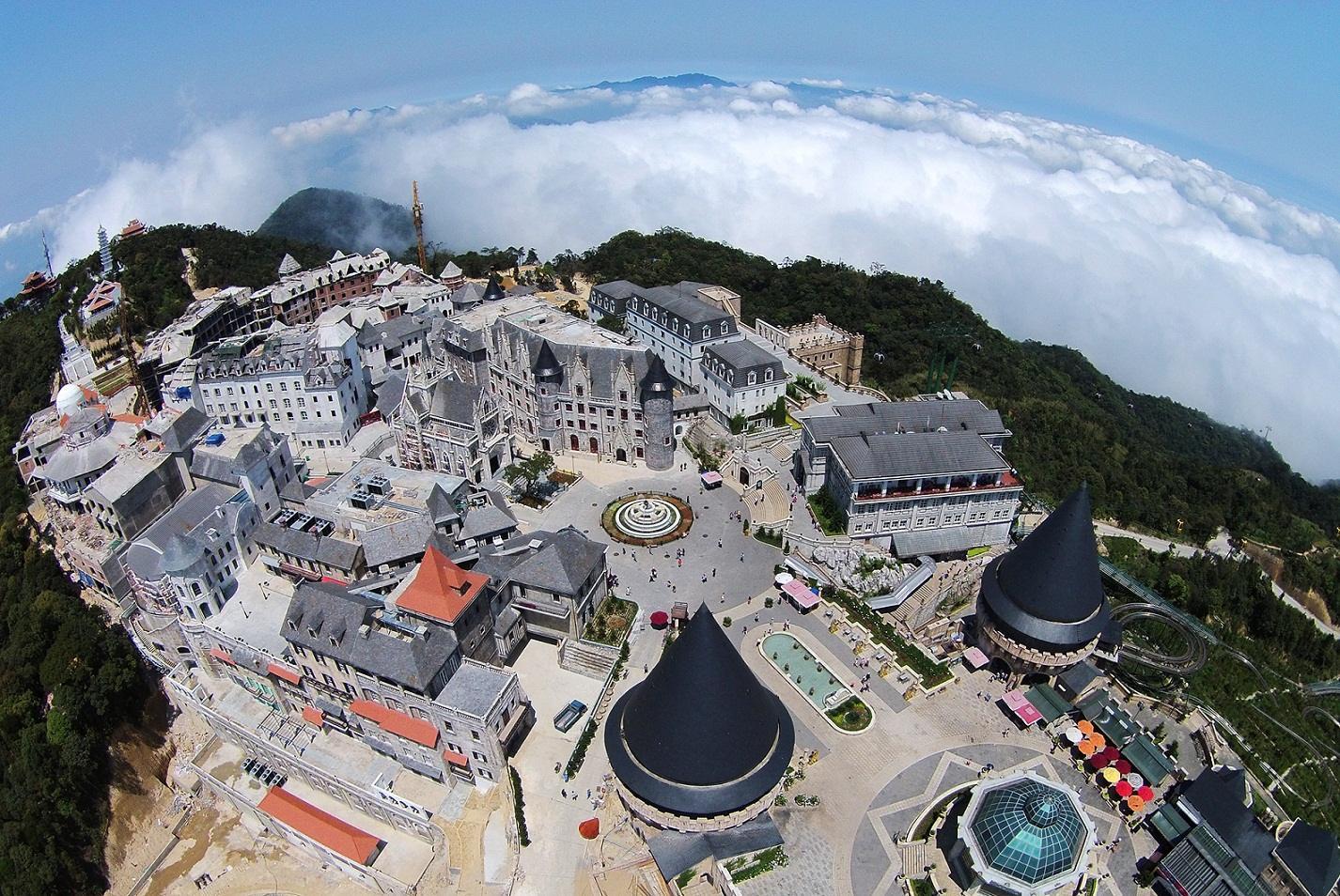 Bà Nà Hill - Địa điểm du lịch ở Đà Nẵng