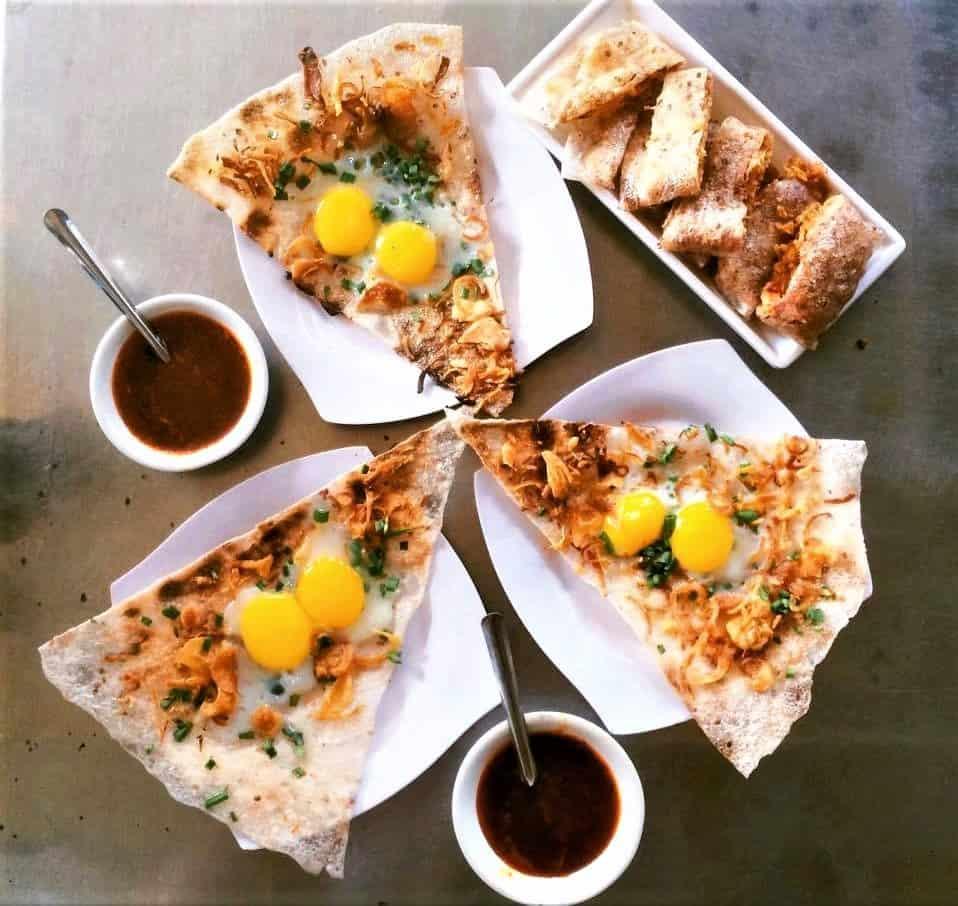 Cầm 100.000 VND ăn hết các quán ăn ngon Đà Nẵng nức tiếng - bạn có dám thử?