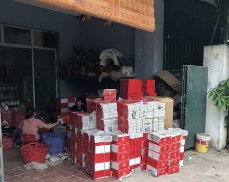 Xưởng sản xuất gốm sứ Thủ Đô tại Bát Tràng