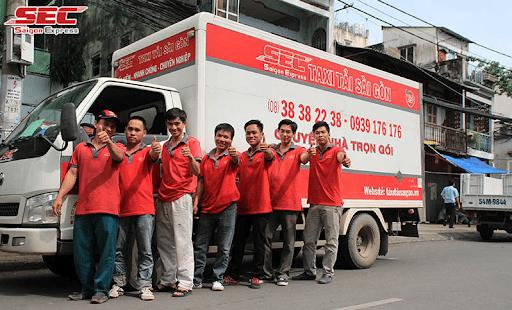 Công ty TNHH TMDV SAIGON EXPRESS có đội ngũ vận chuyển chuyên nghiệp