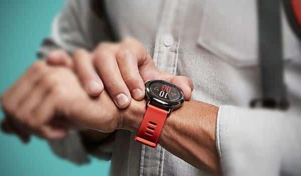 Top 5 đồng hồ thông minh chính hãng, giá rẻ | List.vn