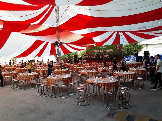 đặt tiệc tại nhà Quang Đại