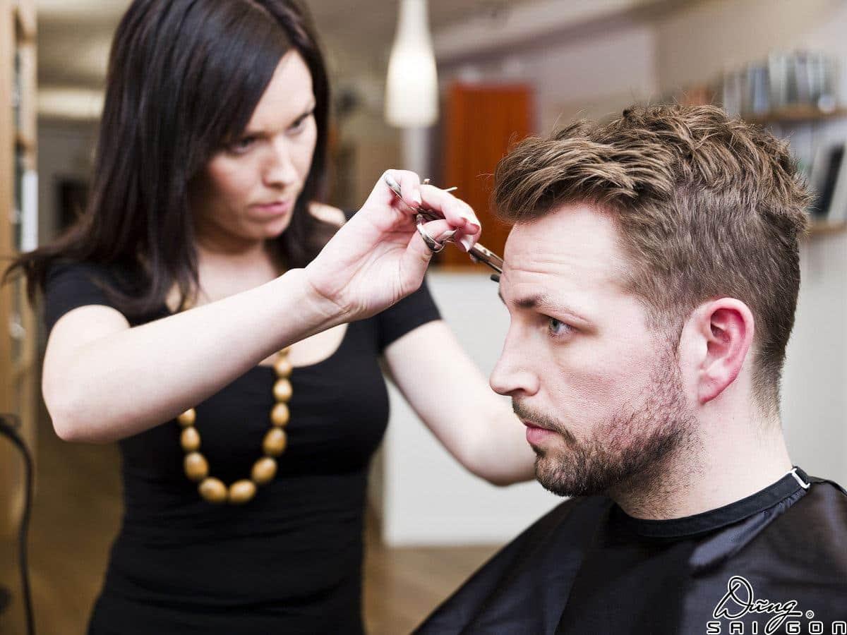 Tại sao bạn nên học nghề cắt tóc nam ngay bây giờ? - Dũng Sài Gòn