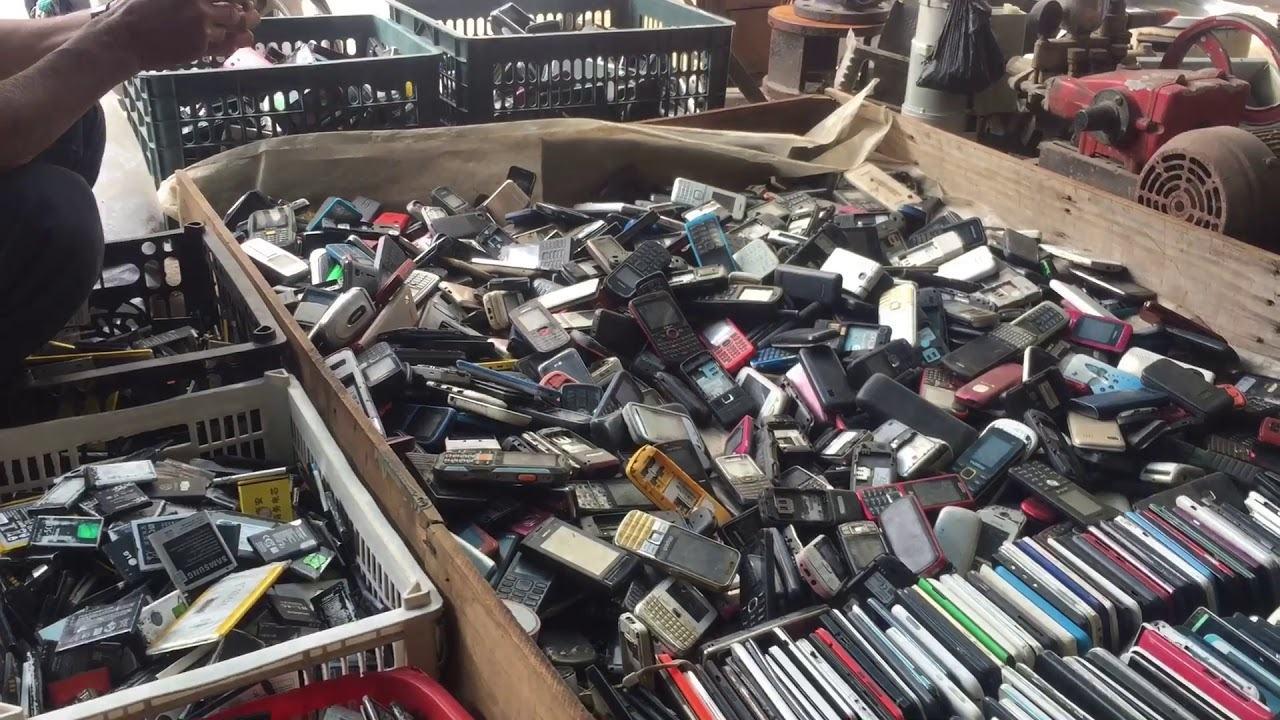 Cuối tuần ở chợ nhật tảo, chợ đồ cũ lớn nhất việt nam - YouTube