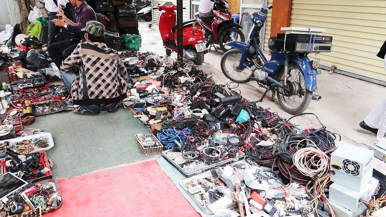 Săn lùng hàng Nhật bãi ở chợ đồ cũ Hà Nội