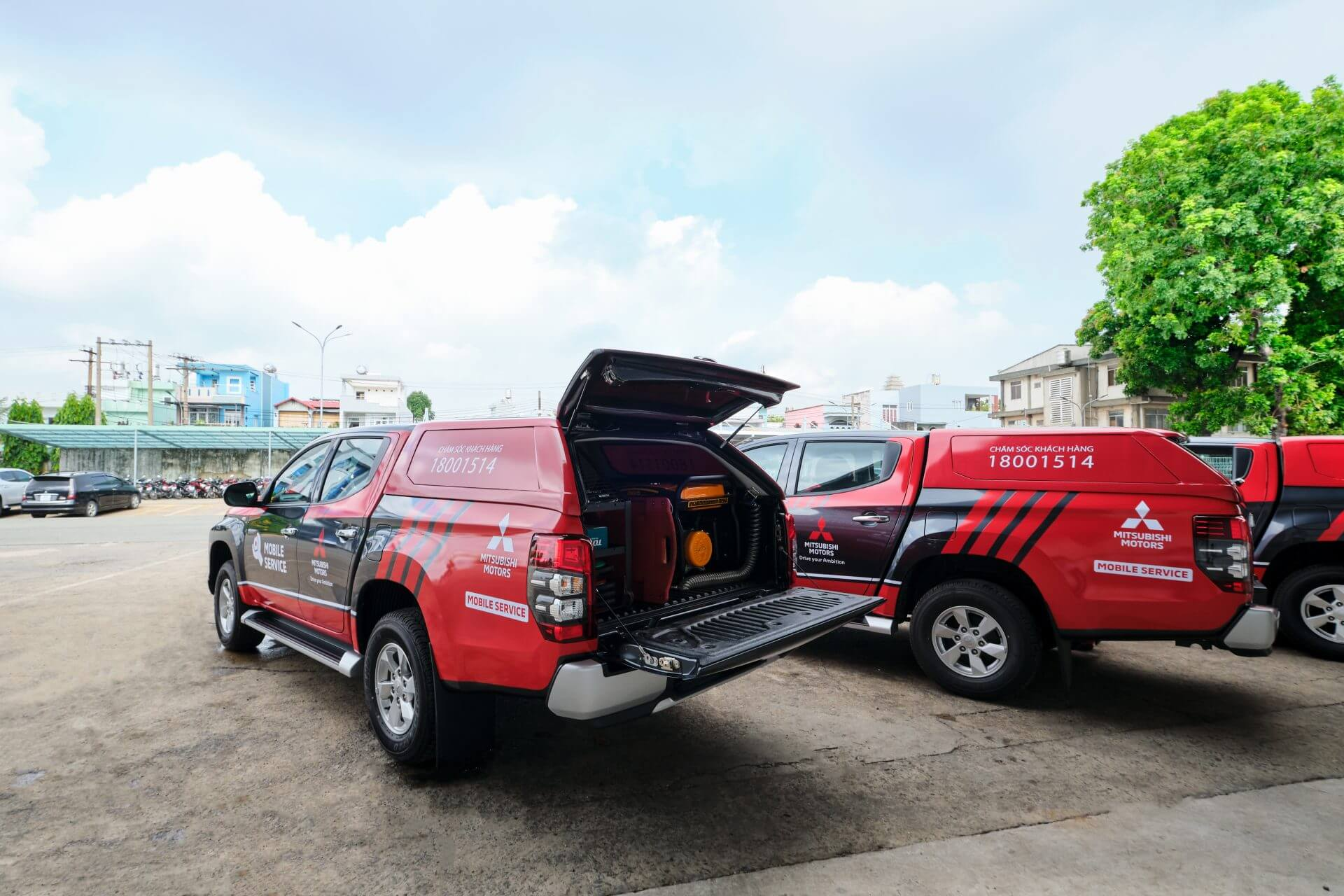 MITSUBISHI MOTORS VIETNAM INTRODUCES MOBILE SERVICE FOR CUSTOMERS |  Mitsubishi Motors Viet Nam
