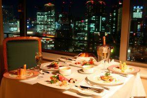 Top 8 Nhà Hàng Sang Trọng ở Sài Gòn Cho Bữa Tối 20/10 Thêm đáng Nhớ