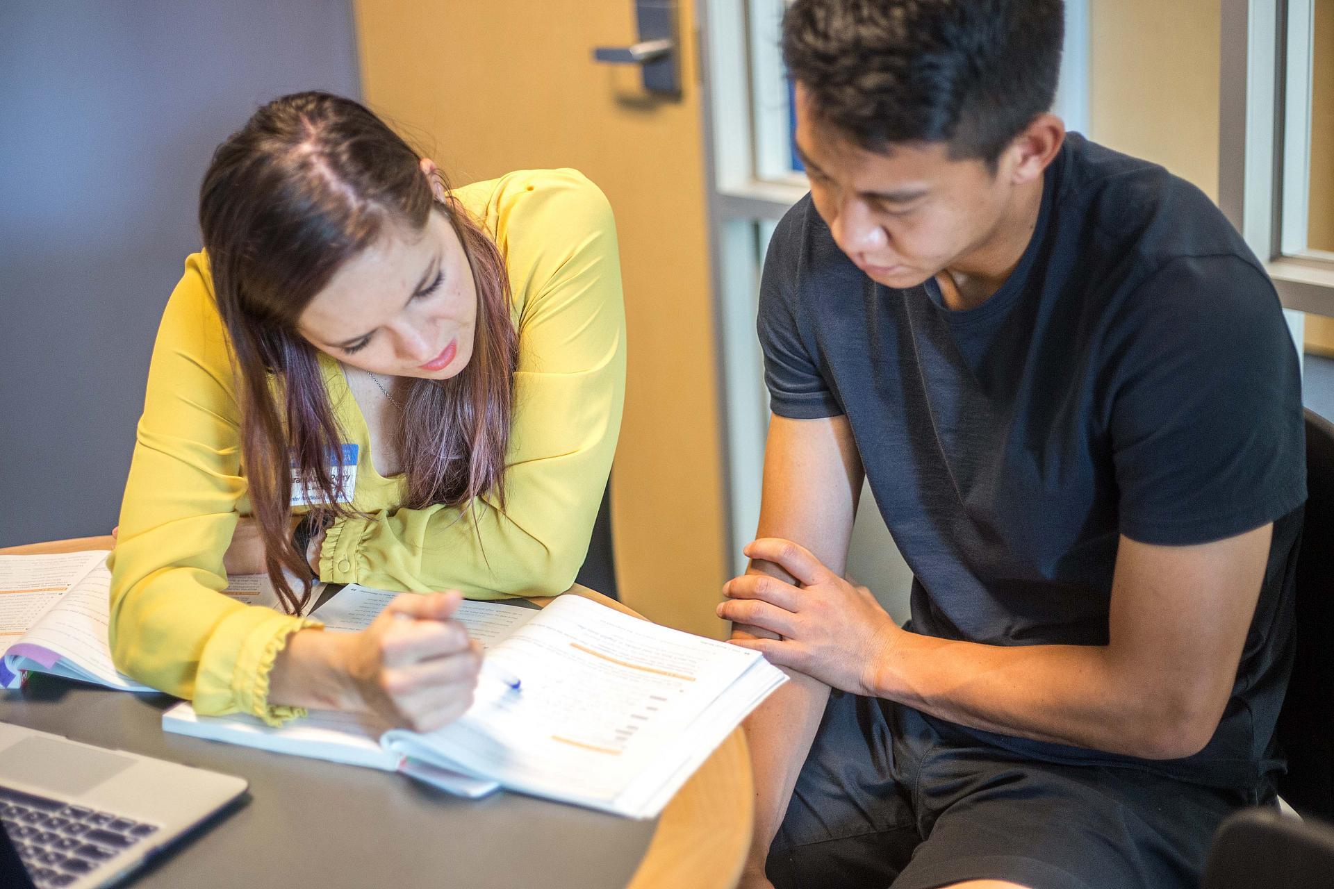 Trung tâm học tiếng anh tại Hà Nam (2)