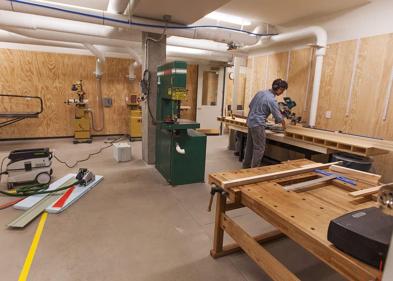 Xưởng đóng đồ gỗTPHCM uy tín