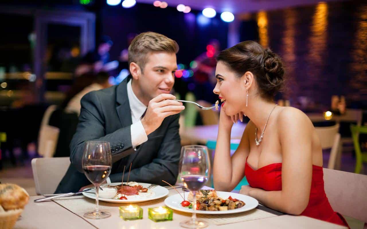 Ăn tối Hà Nội 2 người lãng mạn