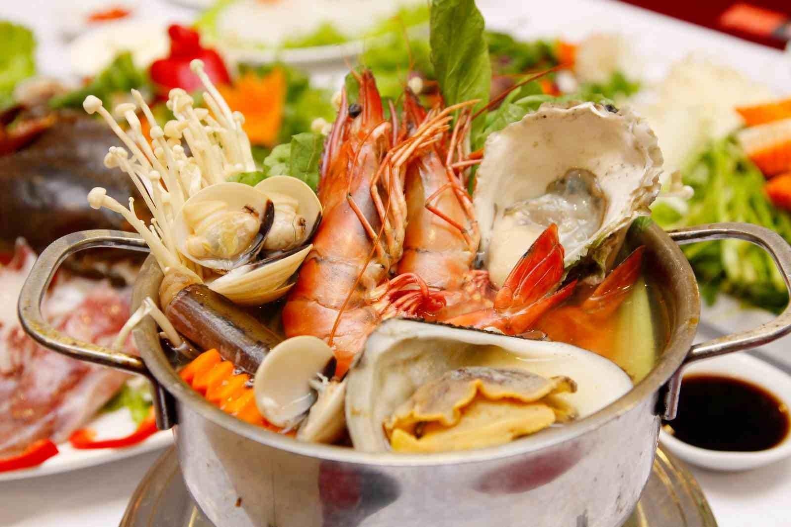 Top 10 Quán Hải Sản Đà Nẵng Giá Rẻ Ăn Không No Không Về