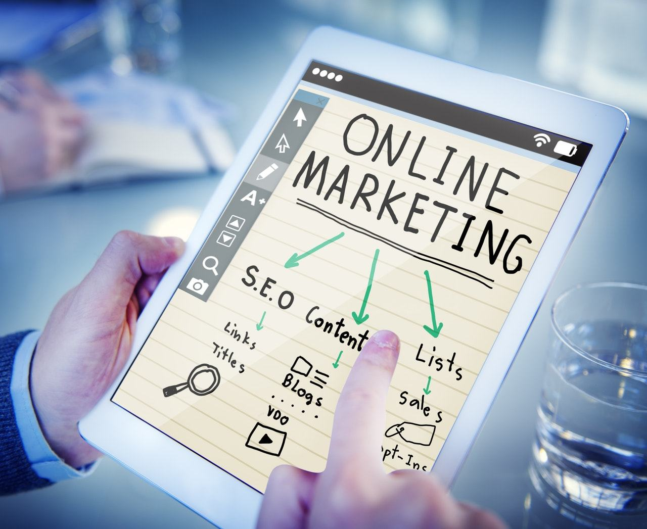 Khóa học online marketing TPHCM athena uy tín