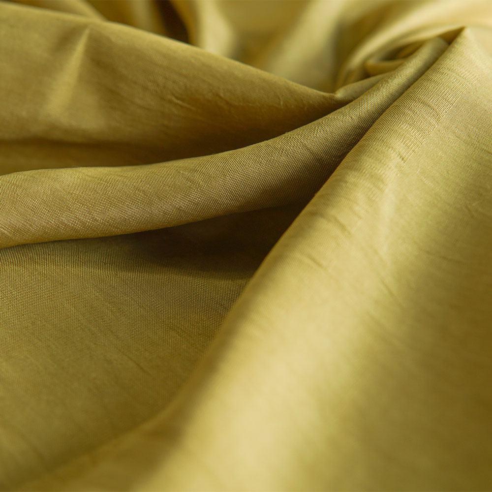 Vải lụa thủ công màu xanh từ lá bàng - Bá Minh Silk