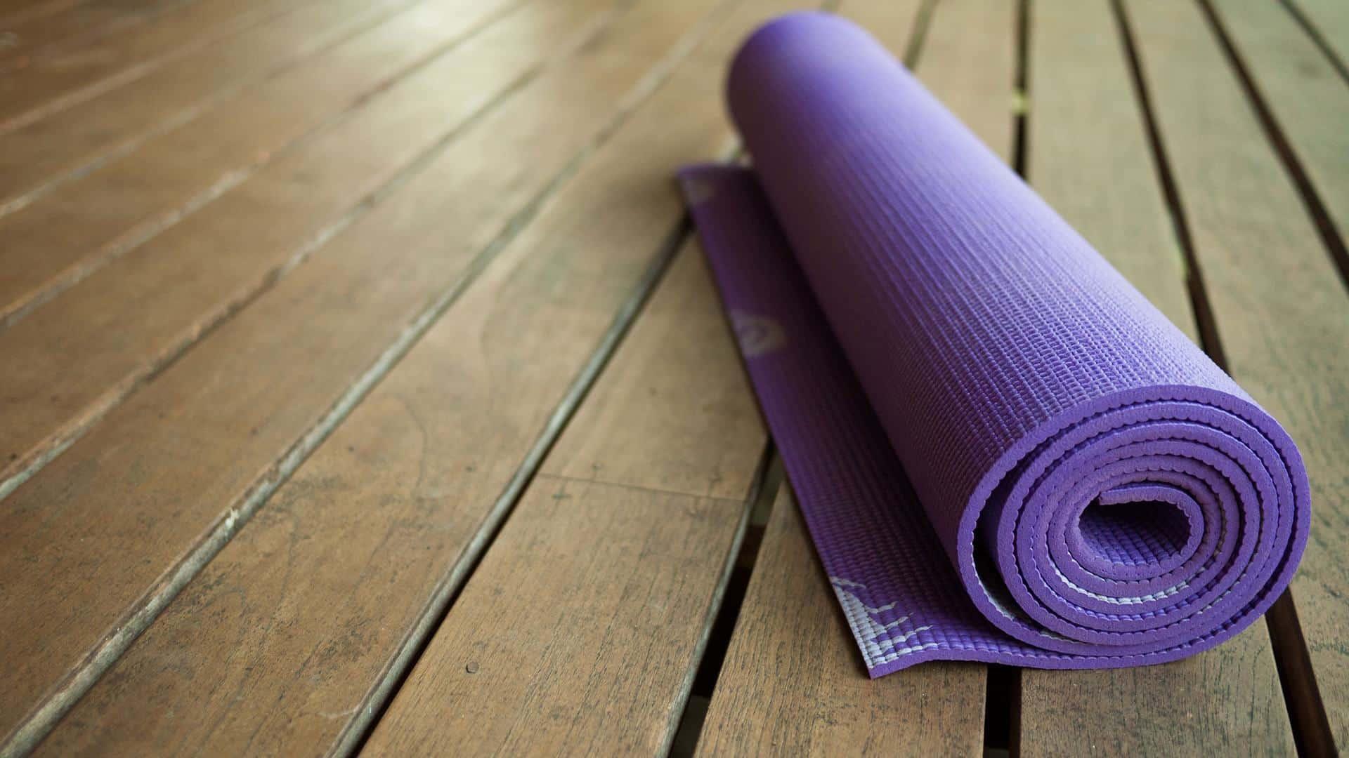6 Yếu tố cần lưu ý khi mua một tấm thảm tập Yoga - ZenLife