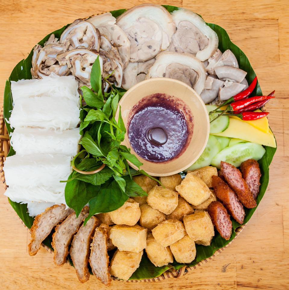 Top 15 Quán Ăn Vặt Sài Gòn Nổi Tiếng Với Giới Trẻ