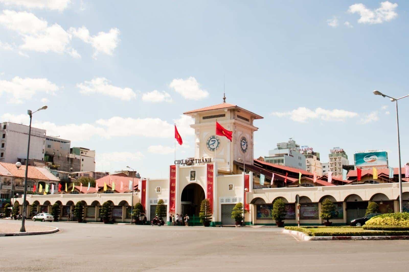 Kiến trúc Pháp ở Sài Gònuy tín