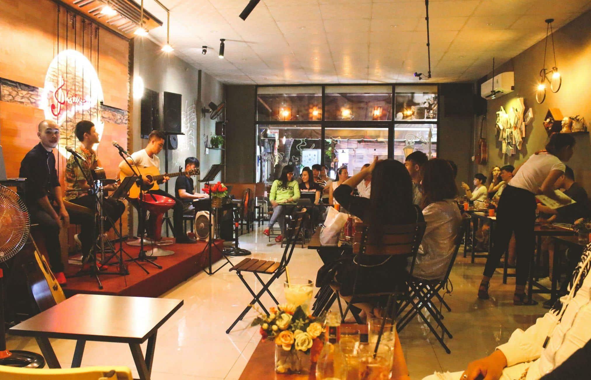 Top 10 quán cafe nhạc sống Hà Nội cực chất cho giới trẻ