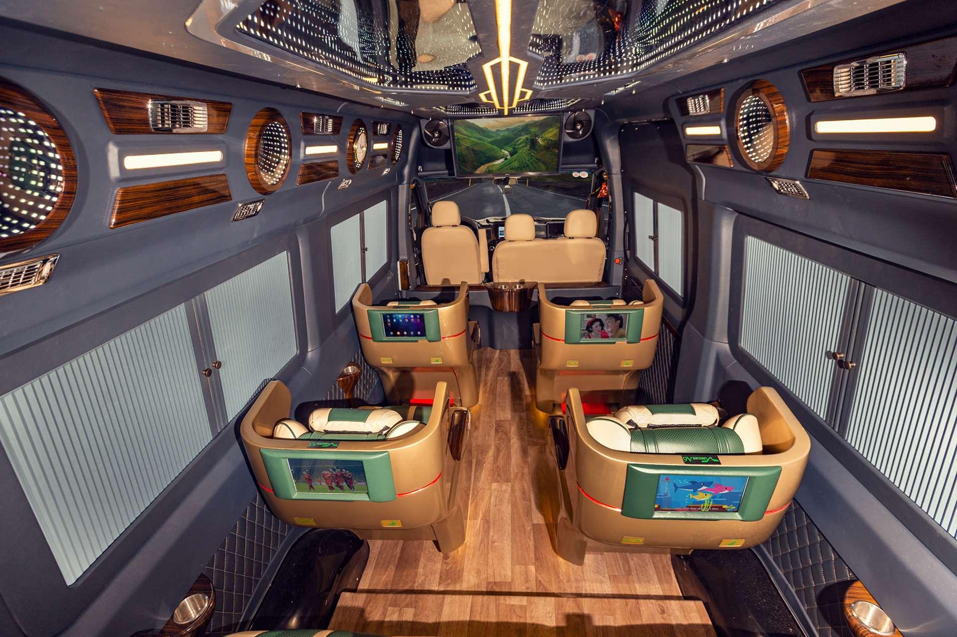 Xe VIP limousine Sài Gòn đi Vũng Tàu | Vie Limousine