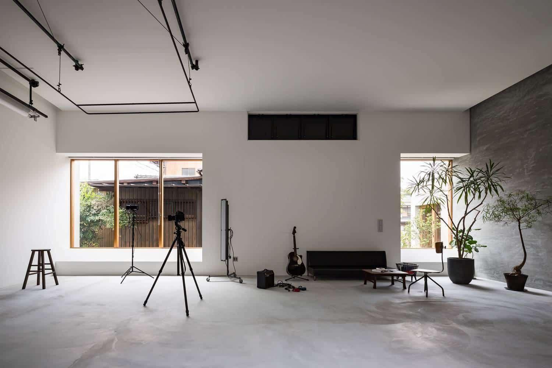 Chàng nhiếp ảnh gia biến không gian sống thành studio chụp ảnh chất đến  từng góc nhỏ