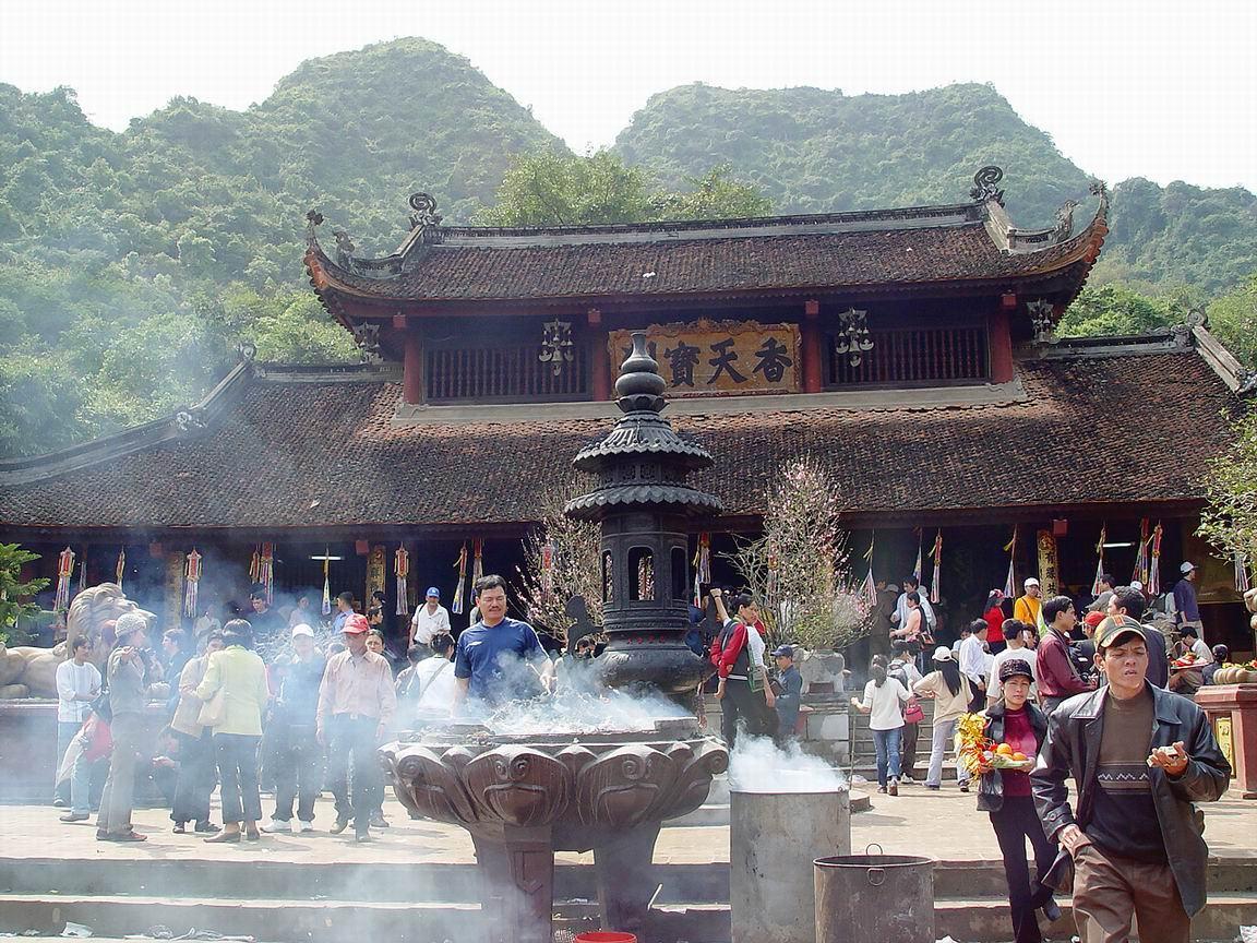 Lễ hội ở Hà Nộiuy tín