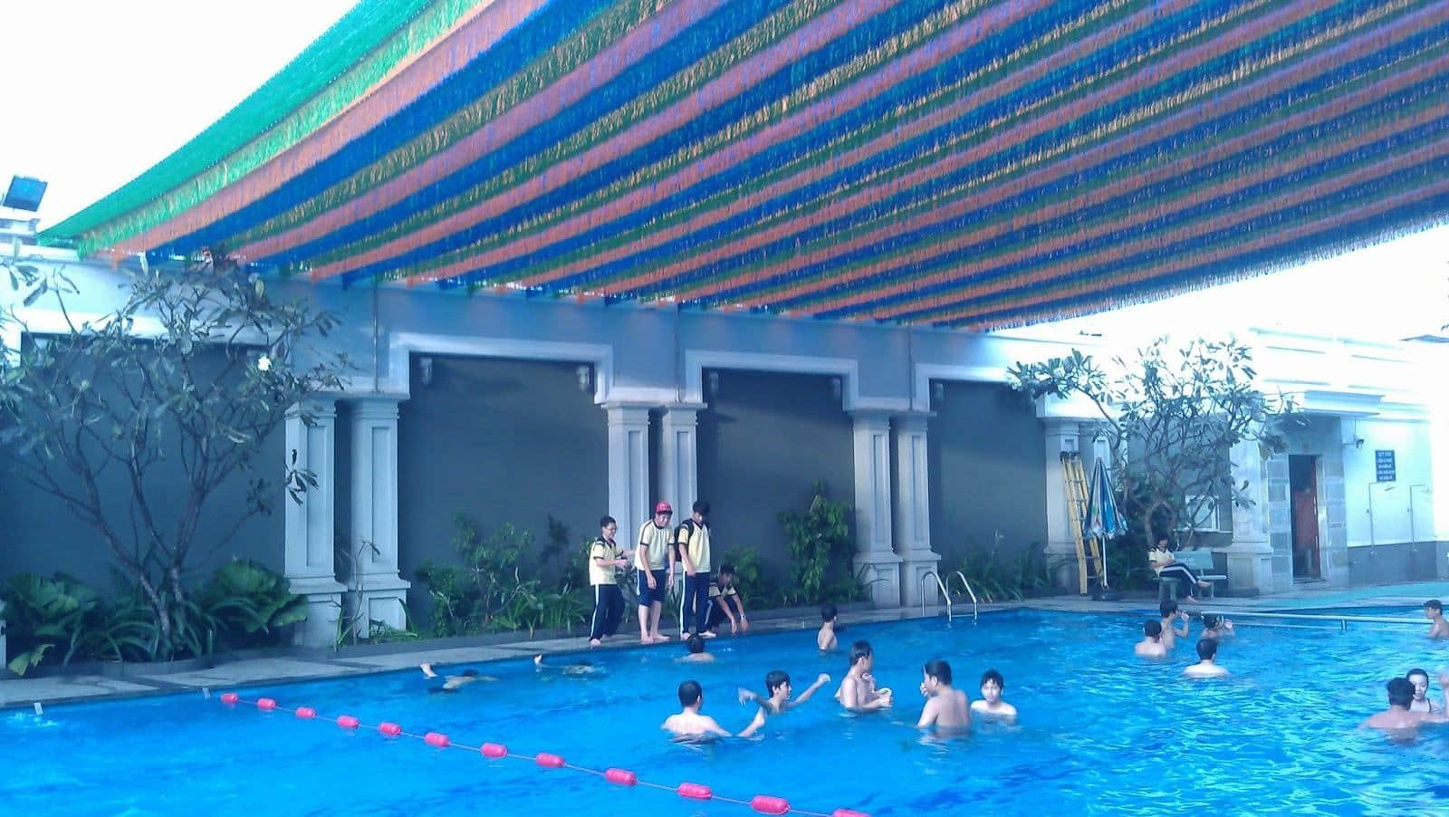 Bạt che nắng bể bơi PHÚ THÀNH