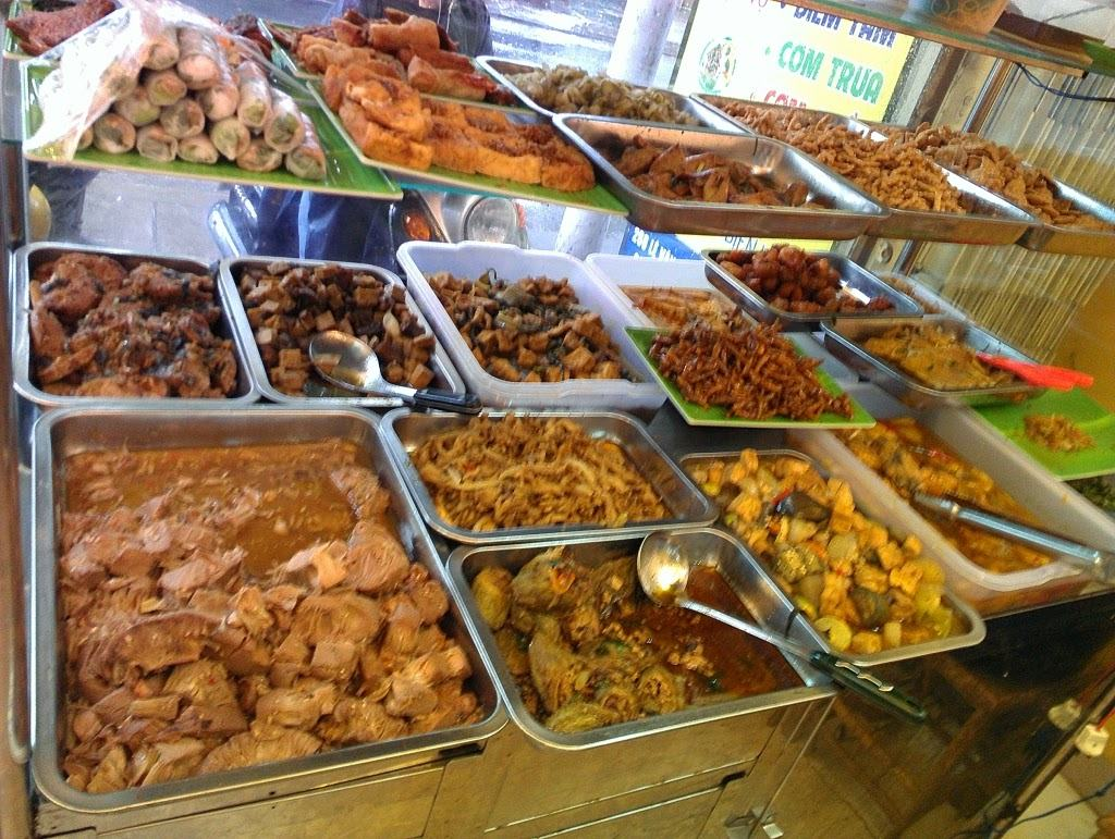 Ớn lạnh chế biến cơm bình dân từ thực phẩm bẩn - Thủ tục công bố tiêu chuẩn  sản phẩm