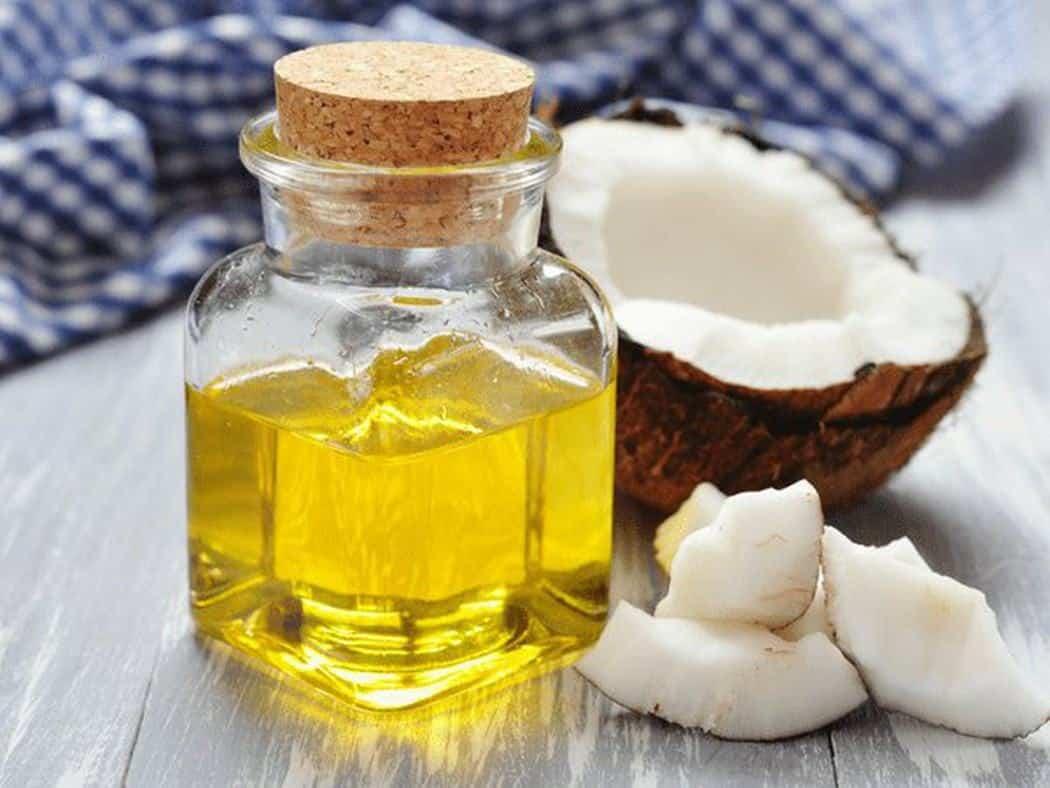 Sử dụng dầu dừa nguyên chất thế nào cho đúng cách và đạt hiệu quả?