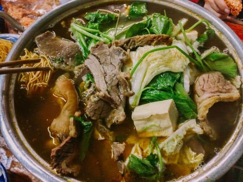 Quán lẩu bò ngon Sài Gòn - List.vn
