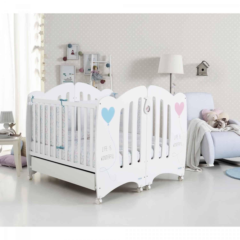 Tại sao nên cho bé song sinh ngủ ở nôi dành cho trẻ sinh đôi? - Thế Giới Đồ  Gỗ Cho Bé