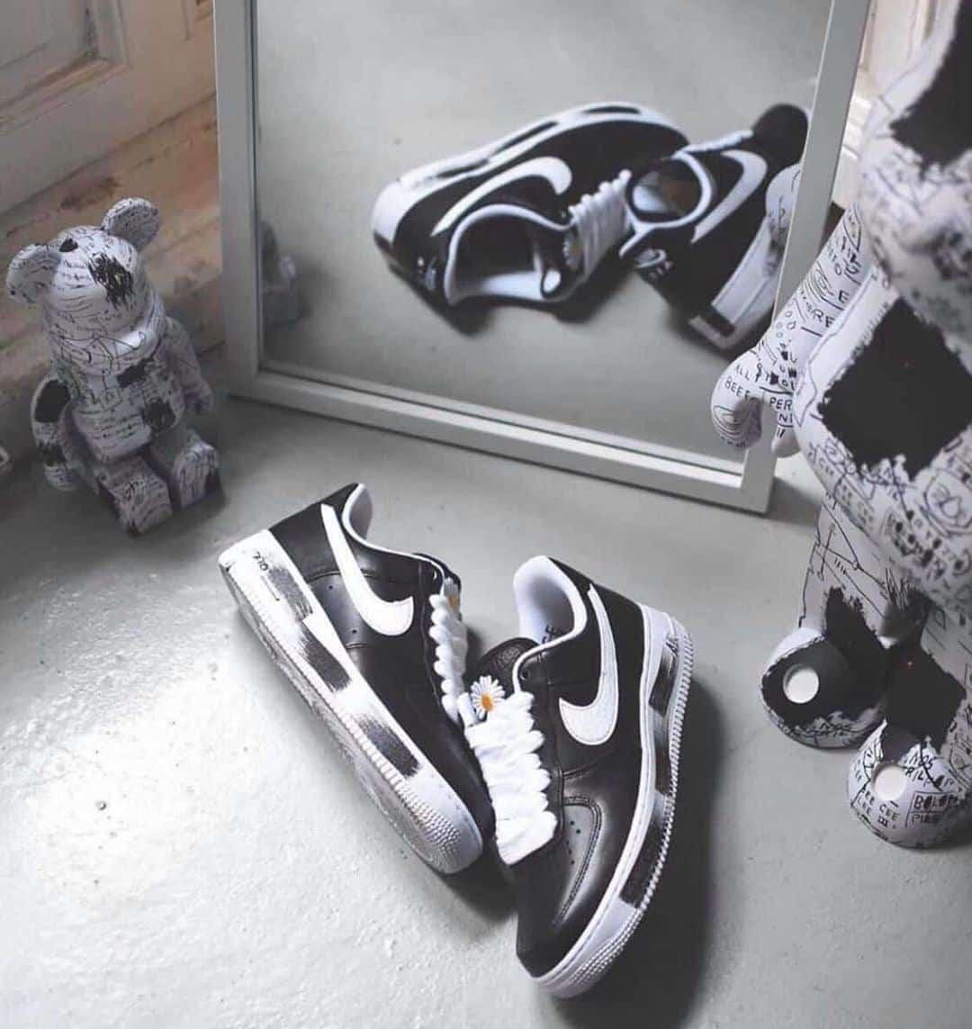 Địa chỉ mua giày sneaker auth giá tốt, sang xịn