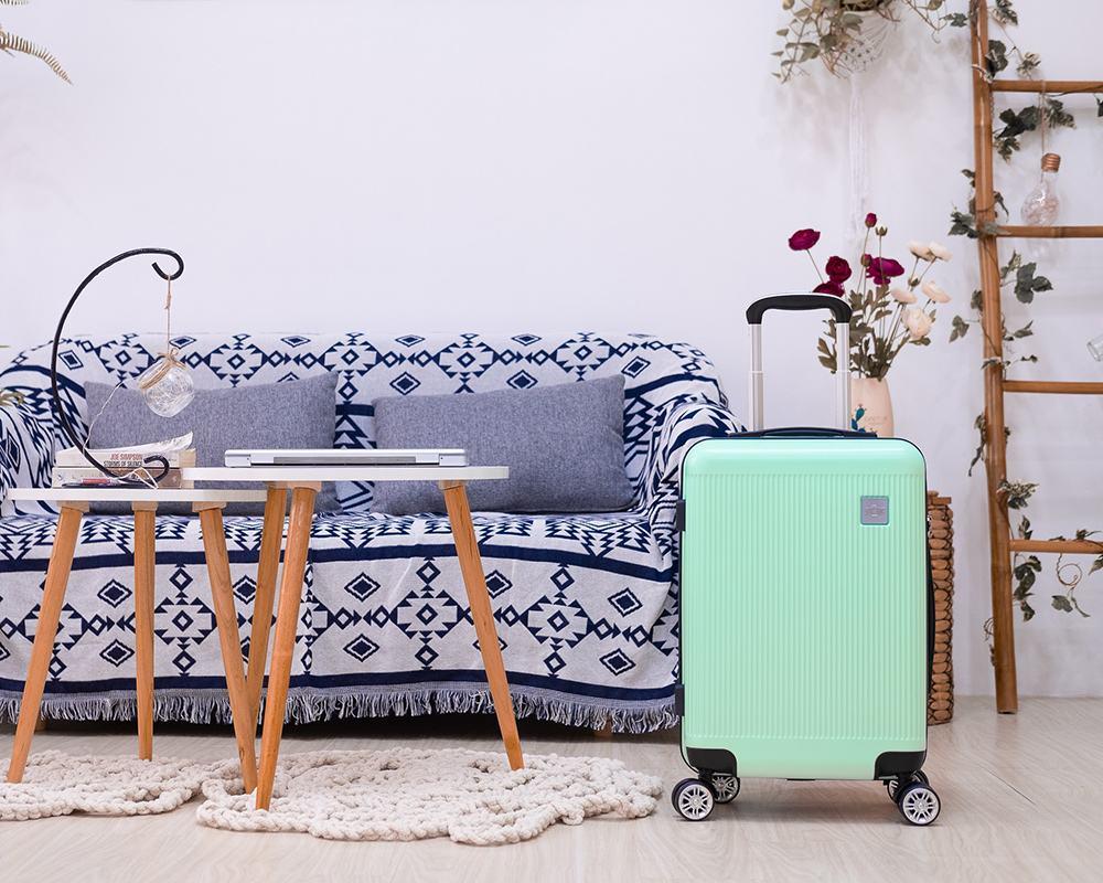 Tín đồ mê vali xanh, không thể bỏ qua 3 mẫu vali kéo này!!!