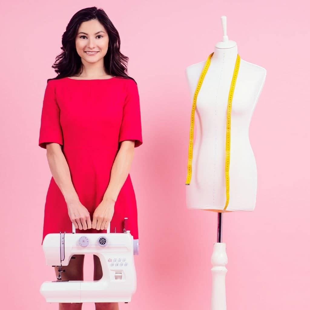 Top 5 xưởng may quần áo hotgirl TPHCM tốt nhất - Tuyển Sỉ