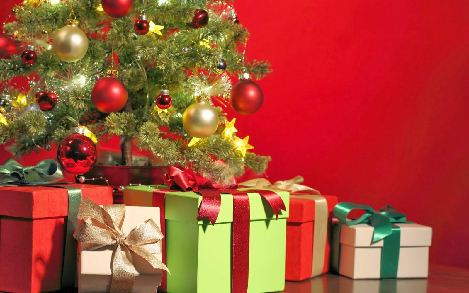 8 món quà giáng sinh tặng bạn trai đơn giản mà ý nghĩa 2021 | SusuReview