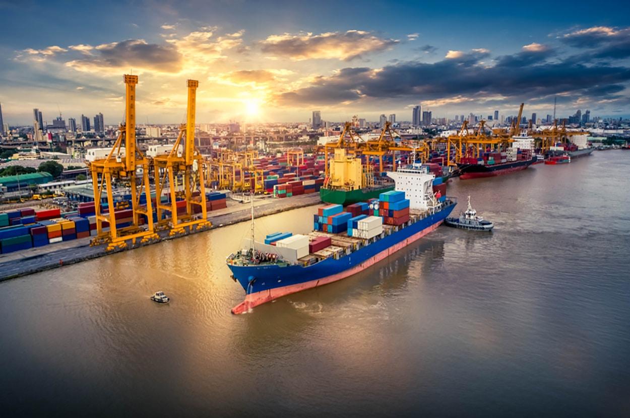 Dự báo nhu cầu tăng trưởng tốt cho ngành vận tải container - Smartlink